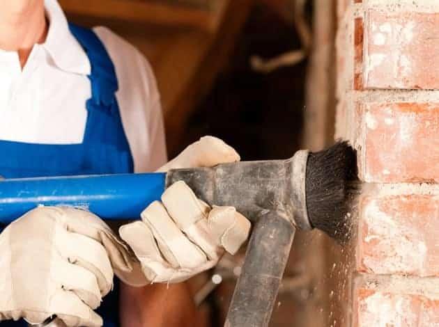 Bakstenen vervangen als onderdeel van renovatie